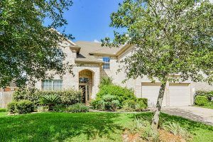 12303 Winding Shore Dr Pearland, TX 77584