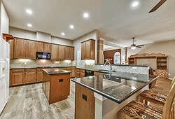 League city homes for sale 1815 mojave trail league c for Kitchen cabinets 77573